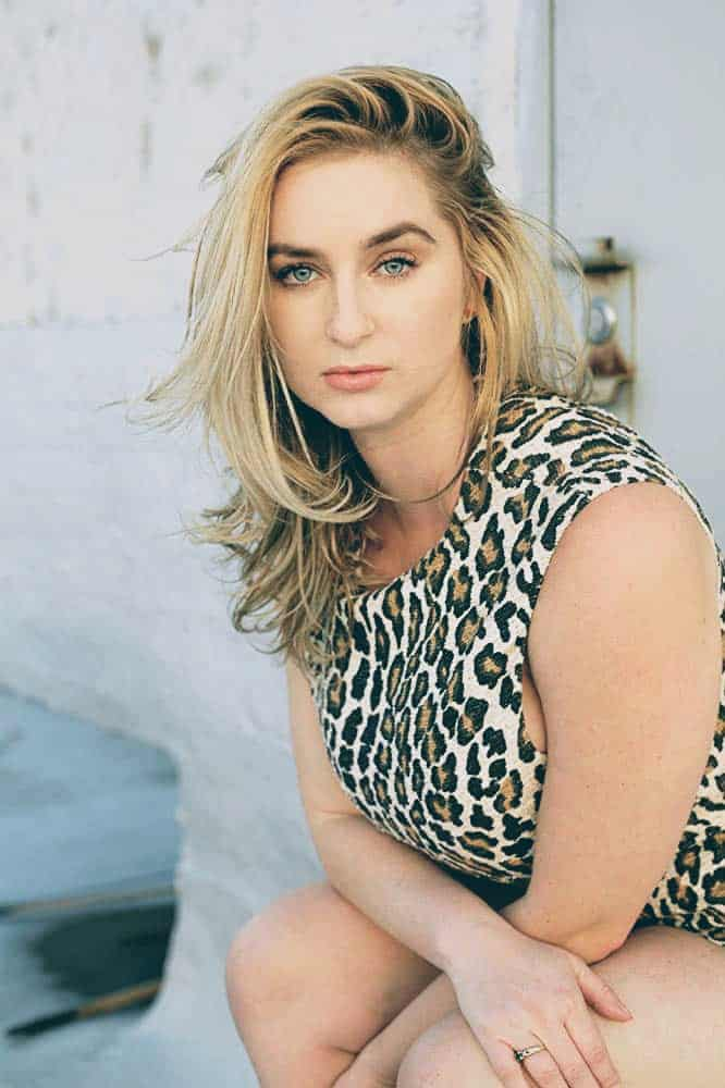 Cassandra Starr net worth, Age