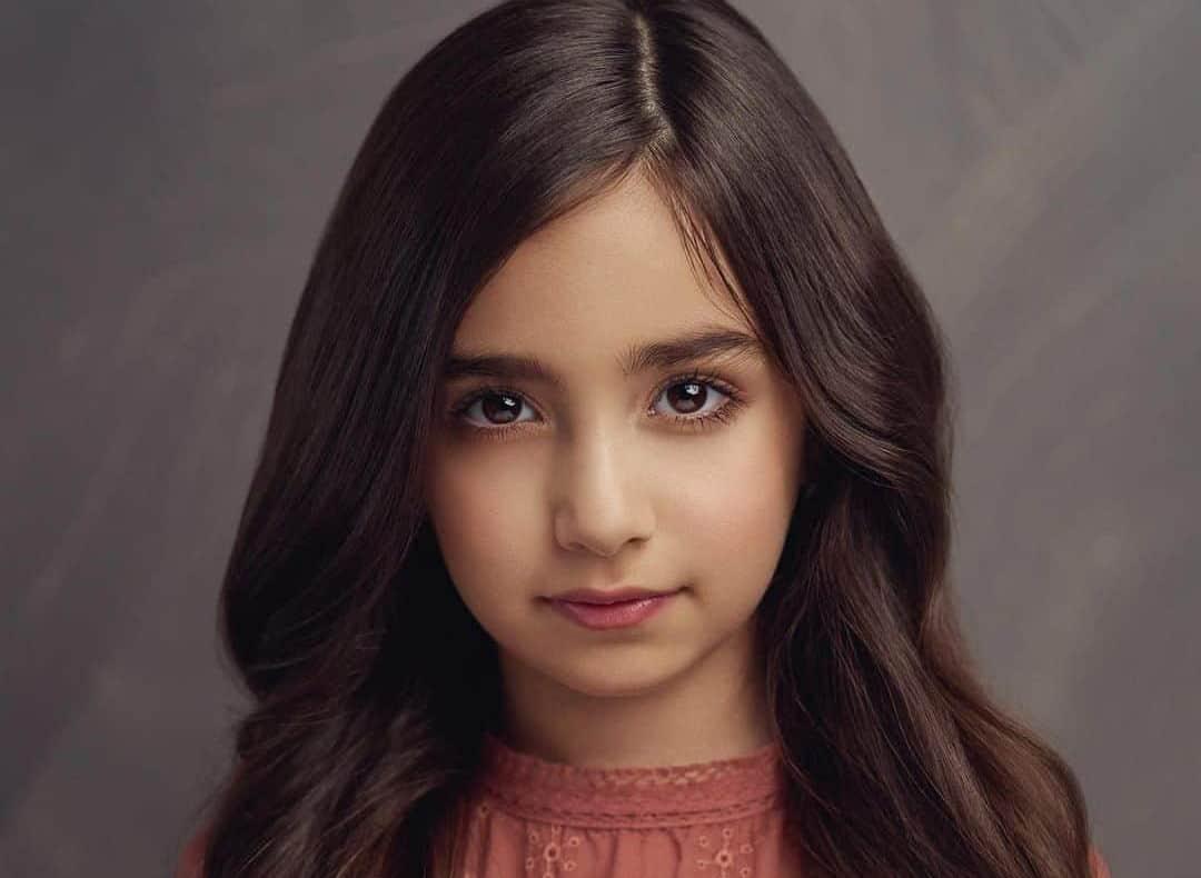 Tara Moayedi Biography, Age, Parents, Birthday, Net Worth, Height, Wiki
