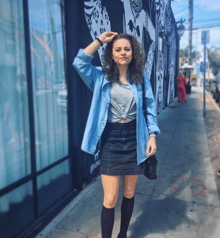 Lily Santiago Net Worth, Boyfriend, Parents, Biography, Age, Height, Wiki