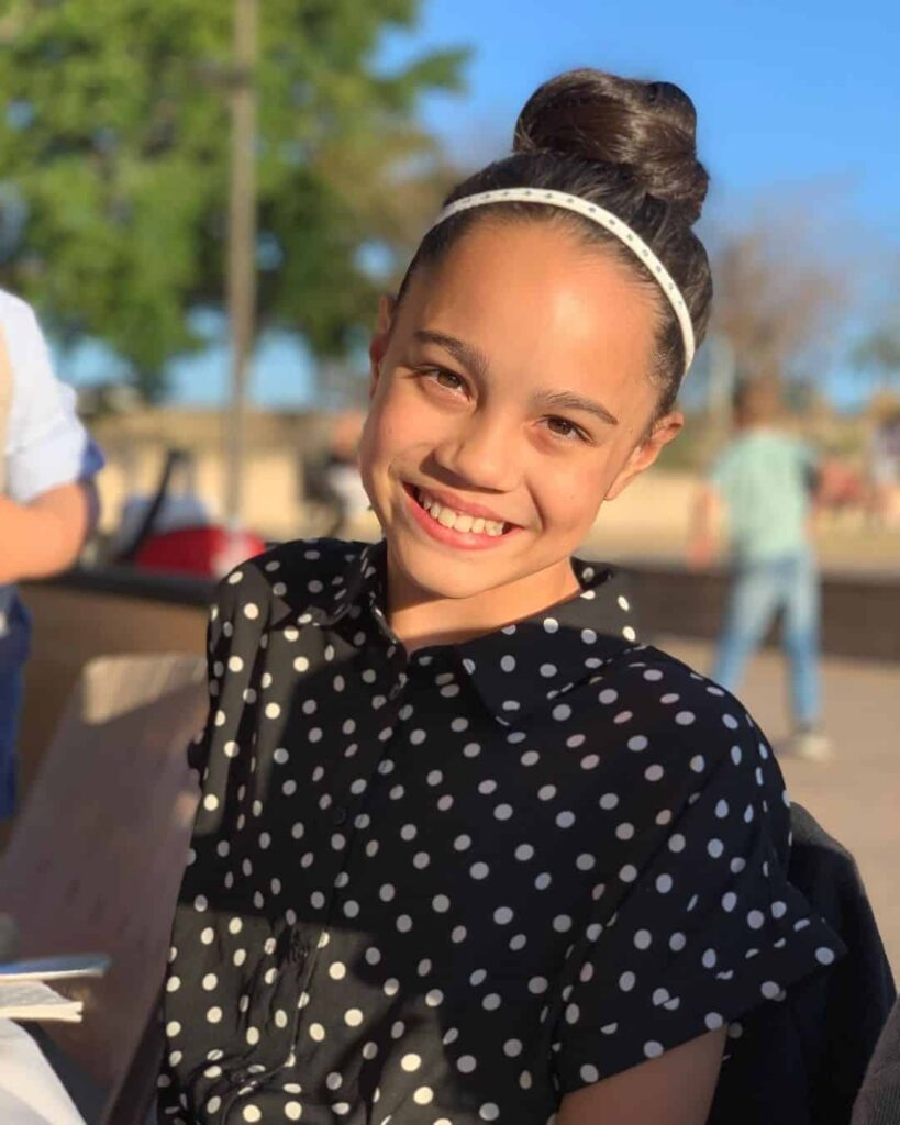Chloe De Los Santos Parents, Birthday, Sibling, Age, Biography, Height, Wiki